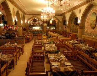 رستوران سنتی عالی قاپو تهران