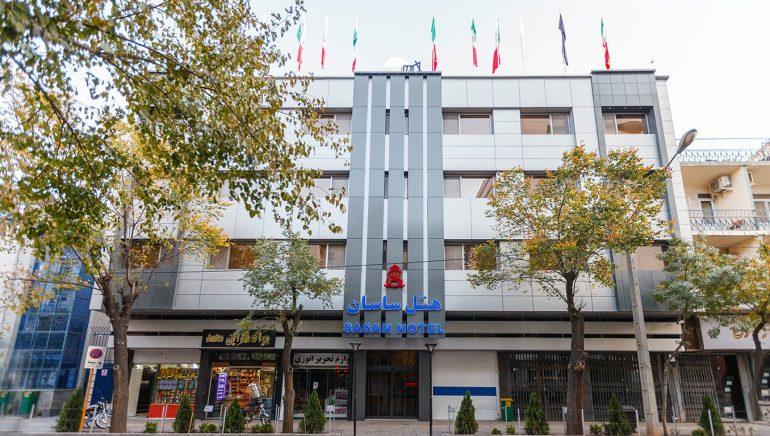 Sasan Hotel Main Entrance